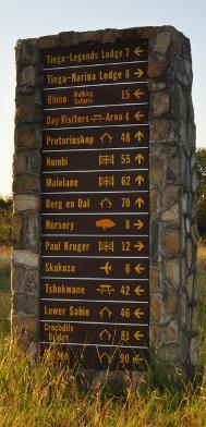 Mileage signpost